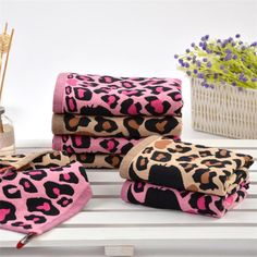 NEW Sexy Fashionable Soft Cotton Leopard Print Bath Towels. Nice High Quality Towels!