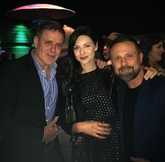 "t4two2: ""scatterations: "" fuckyeahclairebeauchamp: "" drdavidcolbert: Celebrating friend & rising star @CaitrionaBalfe at last nights' Oscar Wilde Awards hosted by @jjabramsofficial & the U.S~Ireland Alliance at uber cool @bad_robot in Santa Monica...."