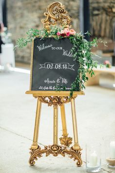 This is the perfect welcome for my wedding guests:)