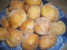 BUÑUELOS DE VIENTO THERMOMIX TM 21 (REPOSTERIA) Spanish Dishes, Spanish Food, Puerto Rican Recipes, Pretzel Bites, Food Hacks, Cooker, Deserts, Appetizers, Food And Drink
