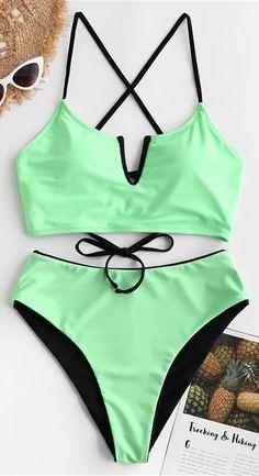 Look at latest summer tankinis here - badebekleidung Nike Swimwear, Swimwear Sale, Swimwear Fashion, Bikini Fashion, Summer Bathing Suits, Girls Bathing Suits, Cute Swimsuits, Women Swimsuits, Ropa Interior Boxers
