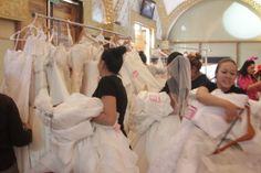 Specialty cleaners siempre preocupado por ayudar a las novias a elegir el vestido perfecto a precios muy competitivos.lleva 5 años desarollando este evento. www.specialty.mx
