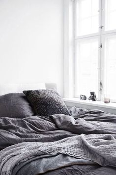 Bedroom Inspo One of our favourite bedrooms! - Architecture and Home Decor - Bedroom - Bathroom - Kitchen And Living Room Interior Design Decorating Ideas - White Bedroom, Master Bedroom, Grey Bedrooms, Bedroom Inspo, Bedroom Decor, Bedroom Ideas, Suites, My New Room, Beautiful Bedrooms