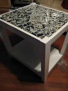 I MUST Mosaic Mirror A Coffe Table Soon! This Seems Like An Affordable DIY  Project!