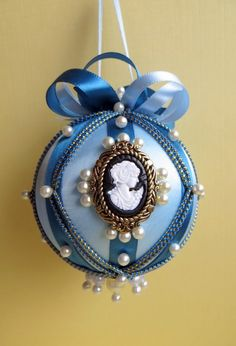Victorian Christmas Ball - or use other fabrics to make country or other christmas-type ornaments