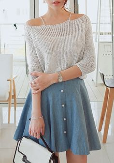 Can't let go of your tank tops and bandeaus just yet? With this grey boat neck knit top, you can have the best of both worlds and more.♥