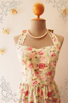 Hey, I found this really awesome Etsy listing at https://www.etsy.com/listing/257972059/vintage-inspired-dress-yellow-floral