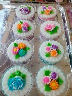 ว.5 Jelly Desserts, Asian Desserts, Sweet Desserts, Jello Recipes, Snack Recipes, Dessert Recipes, Thai Dessert, Dessert Drinks, Gelatina Jello