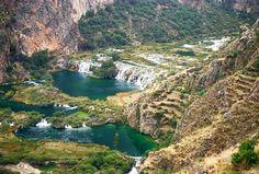 The Nor Yauyos Cochas Reserve is located close to the cities of Huancayo and Vilcas (3 500 and 3 650 m) La Reserva de Nor Yauyos Cochas se encuentra a proximidad de las ciudades de Huancaya y Vilcas (3 500 y 3 650 m)