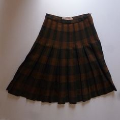 50's Wool Kilt  1950's Highland Queen Brown by thatwasagoodyear, $16.00