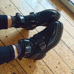Docs of the Day: the Masha creeper boot. Shop now through the link in our bio. Shared by @amberotway #drmartenstyle