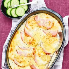 Meat Recipes, Meat Meals, Hawaiian Pizza, Camembert Cheese, Ost, Dinner, Cooking, Medan, Lchf