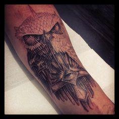 Tattoo Coruja (Antebraço) #tattoo #owl #dotwork #flederweiss #skull