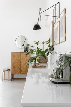 Outside Design Ideas : Photo Interior Design Inspiration, Home Interior Design, Design Ideas, Contemporary Decor, Modern Decor, Home Decor Items Online, Traditional Bedroom Decor, Alvar Aalto, Asian Decor