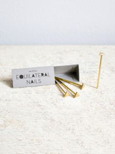 equilateral all-purpose bronze nails.