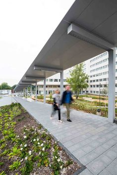 University Hospital Brussels by Omgeving « Landscape Architecture Platform School Architecture, Landscape Architecture, Architecture Design, Shade Structure, Architectural Features, Contemporary Landscape, Gas Station, Office Interiors, Pathways