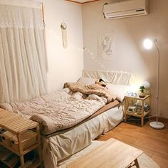 이미지: 침실, 실내 Room Ideas Bedroom, Small Room Bedroom, Bedroom Decor, Dream Rooms, Dream Bedroom, Aesthetic Room Decor, Minimalist Room, Cozy Room, Luxury Decor
