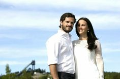 New Photos of Prince Carl Philip and Sofia Hellqvist | MYROYALS HOLLYWOOD FASHİON