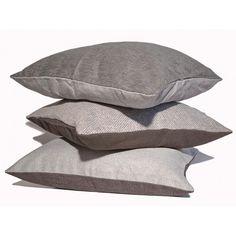 Cuscini d'arredo moderni per divano. #cuscini #divano #arredo #arredamento