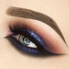 """profmake-up: """"Professional Makeup & Beauty Artist """" Cute Makeup Looks, Pretty Eye Makeup, Pretty Eyes, Eye Makeup Designs, Beauty Make-up, War Paint, Colorful Makeup, Professional Makeup, Lip Makeup"""