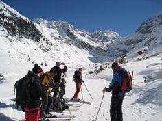 Das Team vom #Outdoor_Ausrüster bei einem kurzen Fotostopp auf einer sehr empfehlenswerten #Skitour_in_Tirol, einer Tour auf die #Wildspitze in den #Ötztaler_Alpen