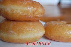 En cuando vi la receta de estos donuts, tuve que hacerlos. Los vi en el blog maravilloso salseando en la cocina , si alguien se anima...