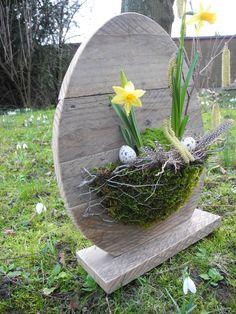 Ikebana Flower Arrangement, Flower Arrangements, Diy Osterschmuck, Candle Art, Easter 2020, Garden Gazebo, Diy Easter Decorations, Spring Home Decor, Easter Table