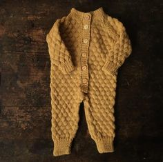 Handmade Sky Merino Overall - Mustard - – MamaOwl Little Fashion, Boy Fashion, Baby All In One, Baby Boy Overalls, Crochet For Boys, Baby Family, Kid Styles, Baby Knitting, Little Ones