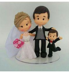 Wedding cakes toppers rustic decor New ideas Funny Wedding Cakes, Rustic Wedding Cake Toppers, Square Wedding Cakes, Wedding Topper, Grey Wedding Invitations, Wedding Cards, Bride Dolls, Diy Wedding Decorations, Decor Wedding