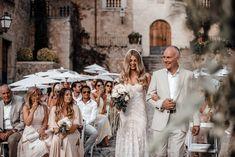 Emma & Jordan's romantic boho luxe wedding at Finca Commasema Mallorca Elegant Wedding Gowns, Luxe Wedding, Designer Wedding Gowns, Dream Wedding, Spring Wedding, Wedding Bridesmaid Dresses, White Wedding Dresses, Cowgirl Wedding, Dress Vestidos