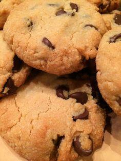 Gluten-free chocolate chip cookies - loricoxfitness.com