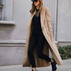 Chic Ways to Wear the Athleisure Trend - Outfitting Ideas Chic Fall Fashion, Fall Fashion Trends, Parisian Fashion, Travel Fashion, Bohemian Fashion, Fashion Clothes, Fashion Fashion, Retro Fashion, Winter Fashion