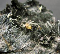 Arsenolite on stibnite, White Caps Mine, Manhattan District, Nye Co., Nevada, USA. Fov 20 mm. Collection/Copyright: slugslayer