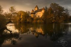 Echoes from the past - The castle of Heidenreich during a melanchonic autumn day, when you can feel the end of the good season, but you can enjoy the last rays of light and in the silence you can hear the echos from the past.