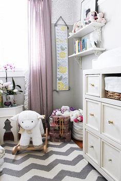 Sarah Richardson Design Kennedy's Nursery | Aug 20, 2015 | http://www.sarahrichardsondesign.com/get-inspired/tips/2015/08/20/kennedys-nursery