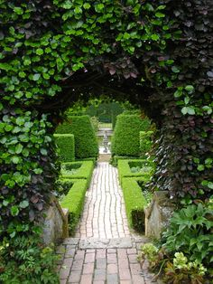 Hidcote Manor UK