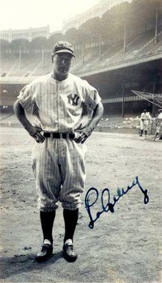 New York Yankees Baseball, Yankees Fan, Sports Baseball, Damn Yankees, Baseball Stuff, Cardinals Baseball, Baseball Cards, Famous Baseball Players, Mlb Players