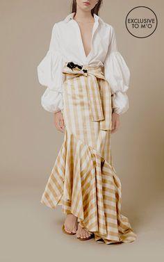 Johanna Ortiz M'O Exclusive Playa Bonita Asymmetrical Skirt  paired with the puffed-sleeves top by Johanna Ortiz. Moda Operandi