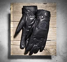 Marked with a symbol of rebellion, our Skull Full-Finger Leather Gloves have gel-padded palms for maximum shock absorption and laser perforations for airflow. Motorcycle Wear, Motorcycle Leather, Biker Chick, Biker Girl, Harley Davidson Gloves, Biker Clubs, Leather Gloves, Women's Gloves, Riding Gear