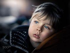 blue-eyed boy - null
