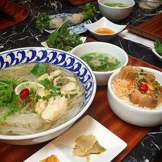 とても野菜も多くてヘルシーなのに激ウマなベトナム料理。本場のベトナム料理を食べようとすると、飛行機で6時間もかかってしまいます。しかし世界各国の料理が揃う東京には本場の味を超えるベトナム料理がたくさんあります!今回はそんな激うまベトナム料理をいただくことができるレストラン10店をご紹介いたします!