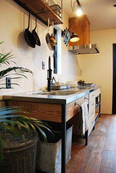 Watches for kitchen - Home Fashion Trend Stainless Kitchen, Freestanding Kitchen, Kitchen Design Small, Industrial Kitchen Design, Kitchen Decor, Kitchen Interior, Custom Kitchen Cabinets, Kitchen Design Decor, Kitchen Styling