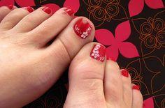 Red easy toe nail design - use acrylic gel, modify the shape of your toenails Flower Toe Nails, Gel Toe Nails, Acrylic Toe Nails, Pink Toe Nails, Cute Simple Nails, Cute Toe Nails, Toe Nail Art, Red Nails, Toenails