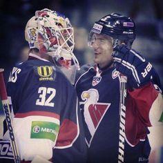 V hokeji nie si iba spoluhráč, si aj priateľ! :)<3