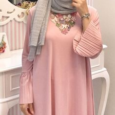 "590 Likes, 2 Comments - Salam Agha |  (@pinky.heejab) on Instagram: "" #pinkyheejab #hijabblog #hijabfashion #myhijab #hijabmuslim #hijaboutfits #hijabchic…"""