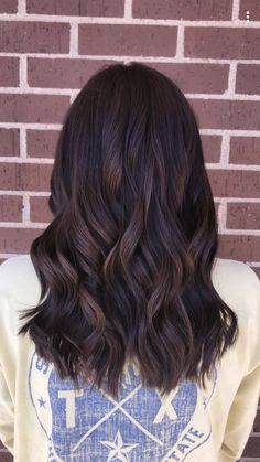 34 Chocolate Hair Colors to Try in 2019 Hair Color chocolate brown hair color Brown Hair Balayage, Brown Blonde Hair, Dark Hair, Brown Curly Hair, Hair Color Brunette, Brunette Highlights, Blonde Brunette, Rich Brown Hair, Dark Chocolate Brown Hair