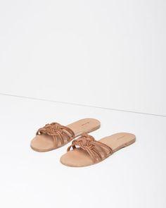 A Détacher | Martha+Sandals | La Garçonne