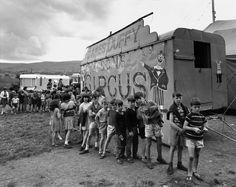 Fotos: © Bruce Davidson (James Duffy and Sons e Betty-Cole Hamid Circus, Vintage Photographs, Vintage Photos, Show Cattle, Antique Show, Old Images, Big Top, Vintage Circus, Magnum Photos, Duffy
