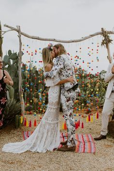 It wouldn't be fair to post our top 10 Vogue-worthy gowns without a proper tribute to a few dapper groom's looks, would it? With some serious wedding fashion decisions on the horizon for our engaged friends, we were inspired to share some ultra stylish looks for the mister, like this colorful, botanical groom's suit captured by Elsa Campbell. Wedding Bride, Boho Wedding, Wedding Ceremony, Wedding Dresses, Wedding Updo, Wedding Vendors, Bride Groom, Steam Punk, Wedding Fotos