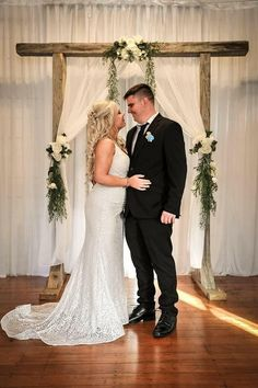 Nikki Pratt August 2018 wearing Bridal and Ball style Thank you for sharing your photos! Vintage Bohemian, Vintage Lace, Affordable Wedding Dresses, Ball Dresses, Wedding Designs, Wedding Gowns, Evening Dresses, Bridesmaid, Bridal